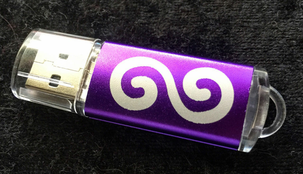 Laser-Engraved Flash Drives (Spiral)