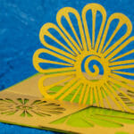 Flower 180º Open Twisted Crest Pop Up Card
