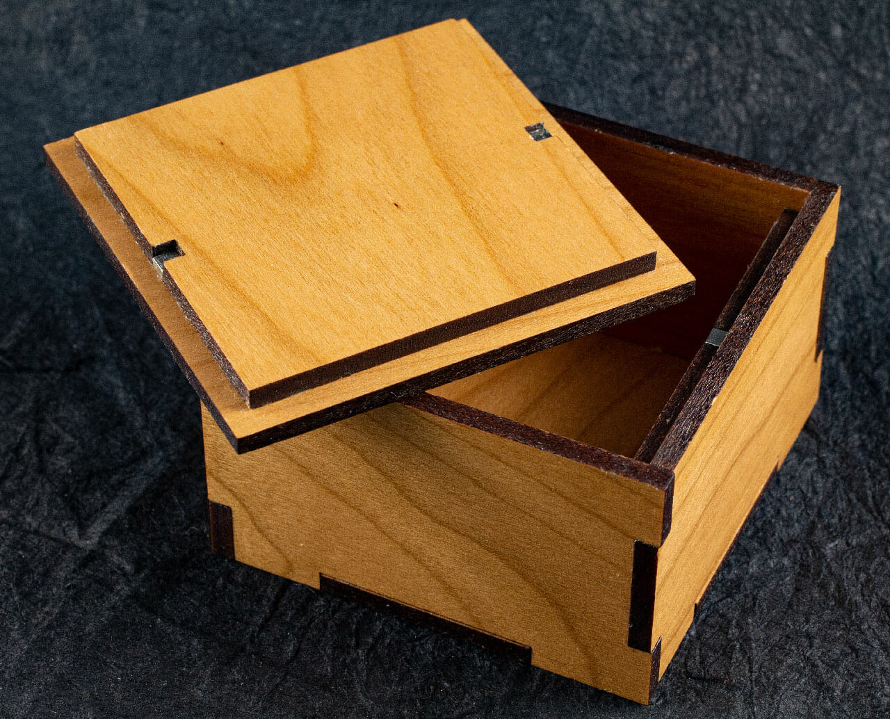Cherry Hardwood Box with Maple Celtic Spiral Inlay (interior)