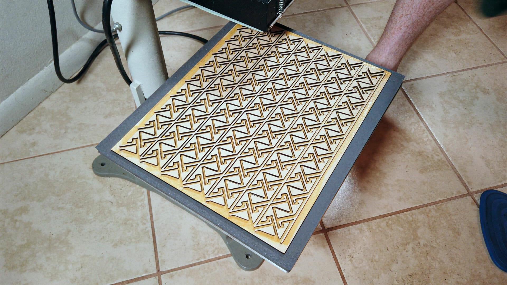 Final Celtic key pattern velvet embossing form/stamp